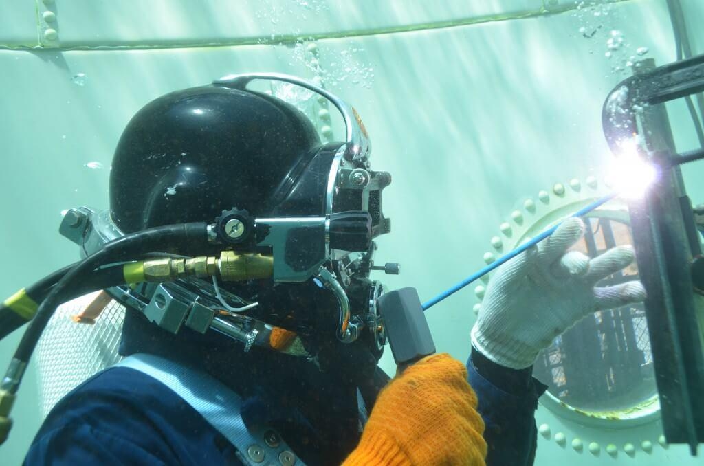 underwater-welding-helmet